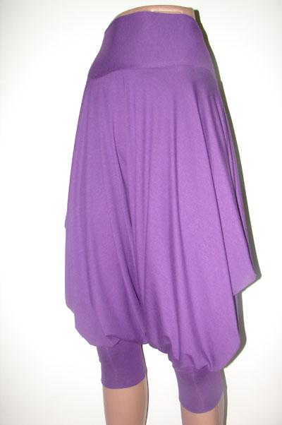 28 фев 2012 Юбка-брюки: Парадокс стильного соблазна. Автор Татьяна Башлыкова. Юбка-брюки в моде - это одно из